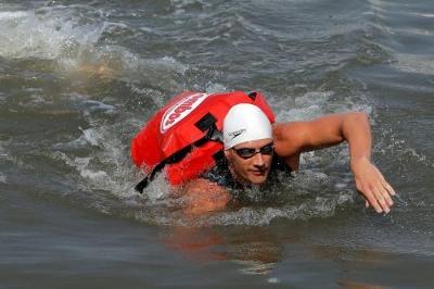 Swimming the Hudsen River